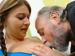 Spellbinding youthful unreserved gets enjoys making love on touching doyen banger