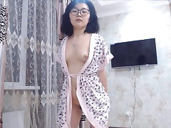 Hairy Japanese Teen Dancing on Webcam